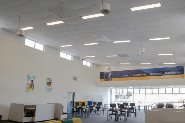 Airius-School-Cooling-Fans-For-Schools-and-Colleges-3