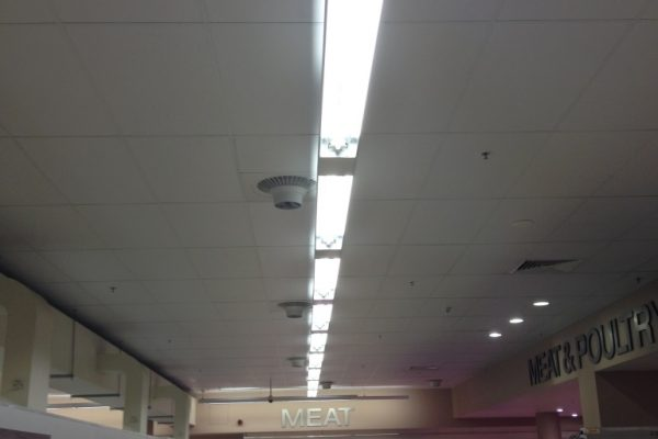 coles 3.9 metre high with ceiling kit cold aisle