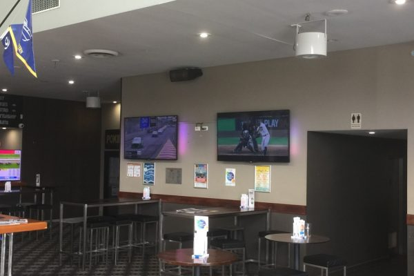 Airius R20EC speed control cooling the Coomera Boathouse Tavern QLD